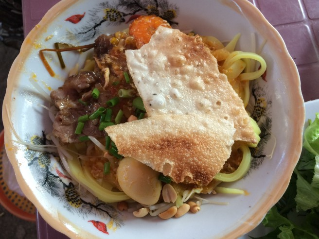 Mì Quảng - Street food tour, Hoi An - Vietnam Culinary Discovery