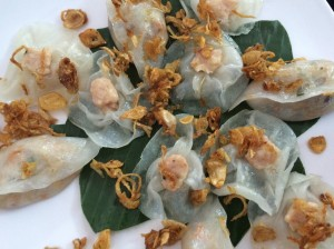 White Rose dumplings, Bong Hong Trang Restaurant, Hoi An - Vietnam Culinary Discovery