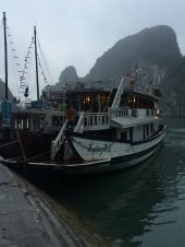 Junk boat cruising, Vietnam Culinary Discovery