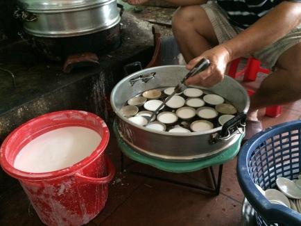 Bánh bèo chén, Hue - Vietnam Culinary Discovery