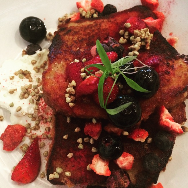 French toast, blueberries, strawberries, creme fraiche, buckinis - Mastic, Kew