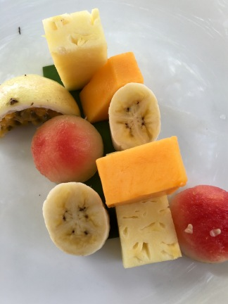 Fresh fruit platter - Jetwing Beach Cooking Experience - Negombo, Sri Lanka